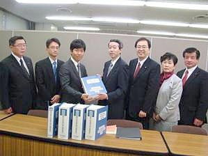 慢性疲労性症候群患者の会の沢田健代表とともに厚生労働省を訪問 斉藤鉄夫